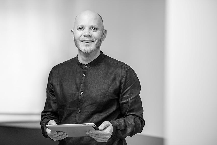 Thomas Kremer, Global Retail Solutions